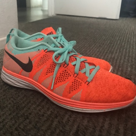 detailed look c7a52 705dd Nike flyknit lunar 2 running shoes neon orange EUC.  M 5a7c7c911dffdaa91897474e